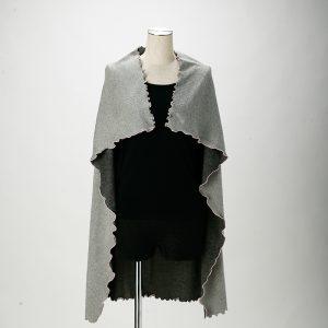 ผ้าคลุมไหล่สั้น ให้ความอบอุ่นและพกพาง่าย